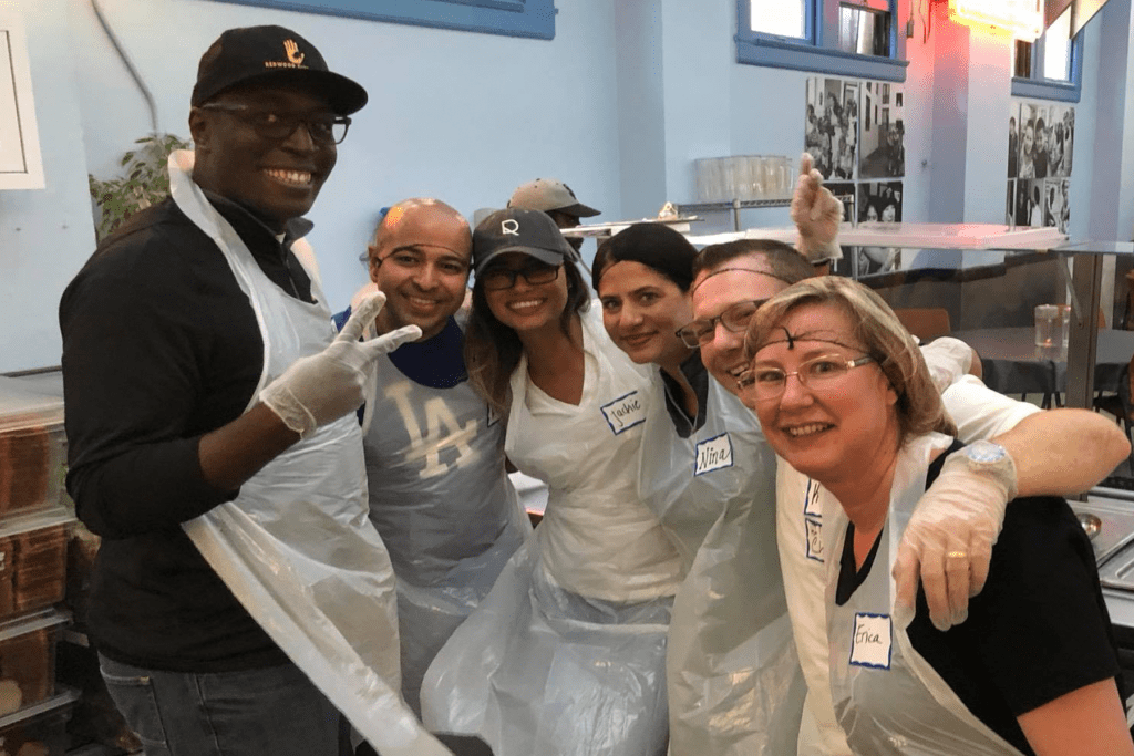 Inman Connect San Francisco 2018 Community Service. Sellect Realty joins other real estate professionals to serve the less fortunate in San Francisco.